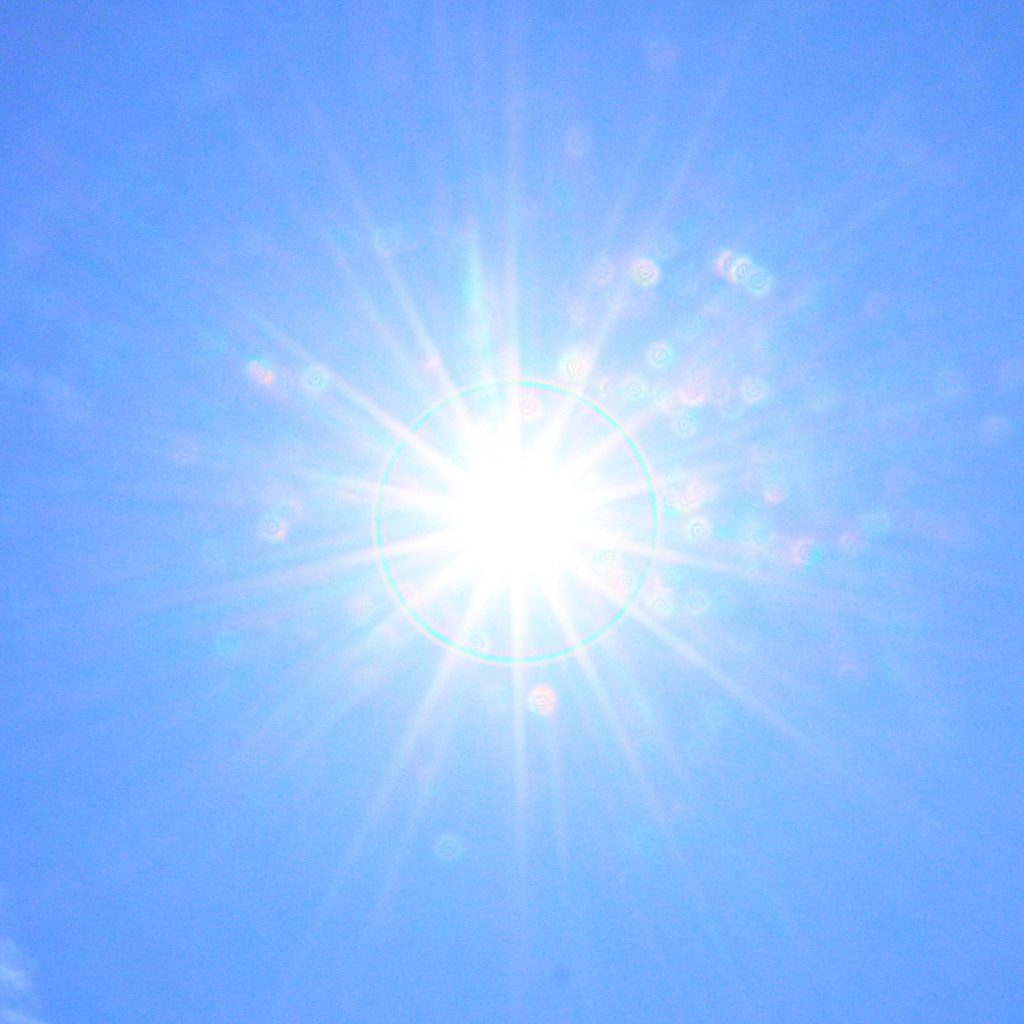 太陽白とび