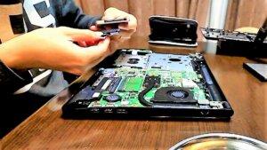クローンSSDにフラットケーブルインタ-フェース変換取付
